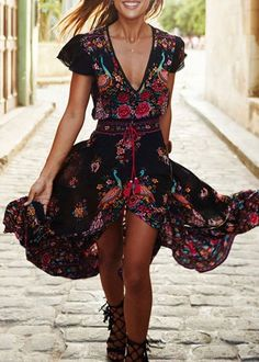 What a stunning floral dress