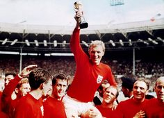 England captain, Bobby Moore, holding the Jules Rimet Trophy after England's World Cup win. England National Football Team, England Football, National Football Teams, Bobby Charlton, Jack Charlton, 1966 World Cup Final, World Cup Trophy, Leadership, Bobby Moore