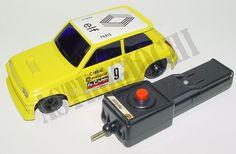 Polistil Renault 5 Rally scala 1/24,versione radio control,modellino in metallo,nuovo in scatola mai usato,TESTATO FUNZIONANTE,originale anni '80