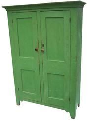 Early 19th century Leigh Valley Pennsylvania two door storage cupboard