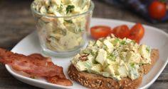 Avokádós tojássaláta recept: Remek avokádós tojássalátarecept, ha hiányoljátok belőle a majonézt, gazdagíthatjátok vele, de anélkül is szuperfinom és egészséges reggeli vagy könnyű vacsora.