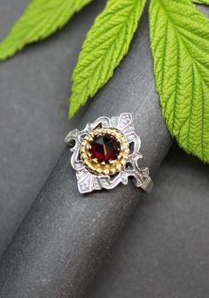 Trachtenschmuck für Damen, Silberring mit Granat Rings, Jewelry, Fashion, Rhinestones, Women's, Jewellery Making, Moda, Jewelery, Ring