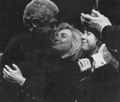הילרי קלינטון עם משפחתה / Hillary Clinton with family