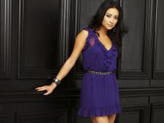 Emily from Pretty Little Liars