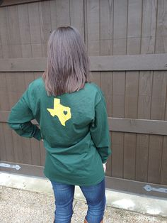 Perfect for a #Baylor game!!! // Green & Gold Texas Chevron t-shirt