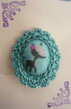 Aux Petites Canailles — Broche crochet, illustration Mini Labo par Aux Petites Canailles