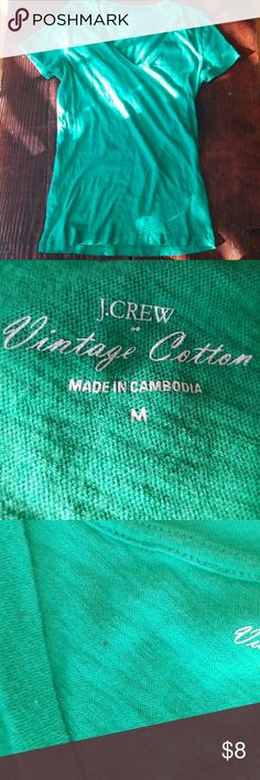 J Crew Vintage Cotton T-shirt. Kelly green. Euc Pictures do not show true color. This shirt is Kelly green, not teal. EUC. One small stain the size of a pin. See pictures.   Sold separately.  Bundle and save.   Also available in maroon and brick red in my closet.   Please ask questions prior to purchase. J. Crew Tops Tees - Short Sleeve