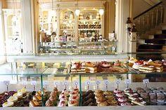 Le salon de thé Angelina opens a new location in le Marais