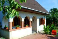 Holiday home Hungary, Siójuti Borház in Siójut – HungariaH … – Wine Venues Wine House, Hungary, Vineyard, Pergola, Outdoor Structures, Vacation, Wines, Outdoor Decor, Holiday