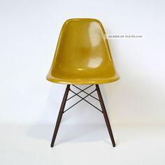 Eames Side Chair Fiberglass Dsw Eames Stuhl Holzgestell By Vitra Herman Miller 1960-1969 Bild
