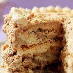 """""""Pastel de nubes"""". Una tarta para adelgazar. Para cocinar base (tortas): + 50 gr nueces de anacardo (avellana, nuez), + 4 claras de huevo, + 1,5 cucharadas de maicena, + Miel al gusto. Para la crema: + 250 ml de leche, + 3-4 yemas de huevo, + 1 cucharada de maicena, + Edulcorante al gusto, + 1,5 cucharadas (30 gramos) de yogur griego, + 25 g de nueces, + 1 cucharada maicena, + Edulcorante al gusto. harina, sin azúcar, sin mantequilla."""