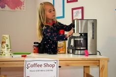 Fun coffee shop dramatic play activity for preschool kids! Let your little ones brew up some fun with this simple pretend play prompt! Free Printables!