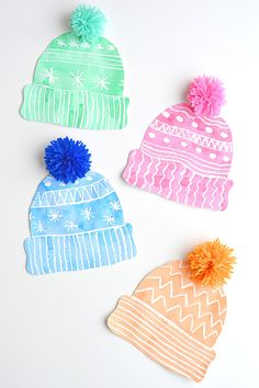 Kids Winter Hat Art Project With DIY Pom Poms This winter hat art project is such a fun winter craft idea! Use the free printable template to have a fun day of crafting at home or in the classroom! Crafts For Teens To Make, Winter Crafts For Kids, Spring Crafts, Kids Winter Hats, Winter Diy, Hat Crafts, Craft Stick Crafts, Preschool Crafts, Kids Crafts