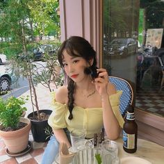 Korean Girl, Asian Girl, Korean Outfits, Ulzzang Girl, Original Image, Aesthetic Pictures, Girl Pictures, Pretty Girls, Girlfriends
