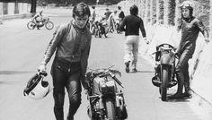 Motorcycle Jacket, Biker, Underground Garage, Vr46, 50cc, Old Bikes, Vintage Motorcycles, World Championship, Motogp
