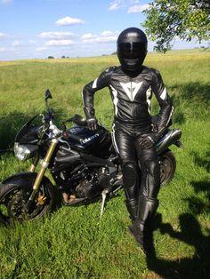 Horny bikers bareback
