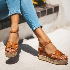 ASOBIMONO Womens Flat Sandals Posh Gladiator Comfy Thong Sandals Animal Print Summer Sandal Shoes with Zipper