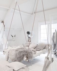 Incredible hanging bed idea in an all white bedroom with lots of cozy blankets and pillows. 26 Dizzy Interior European Style Ideas To Inspire Your Ego – Incredible hanging bed idea in an all white bedroom with lots of cozy blankets and pillows. Cute Bedroom Ideas, Cute Room Decor, Girl Bedroom Designs, Room Ideas Bedroom, Bedroom Decor, Attic Bedrooms, Teen Room Decor, Bed Rooms, Awesome Bedrooms