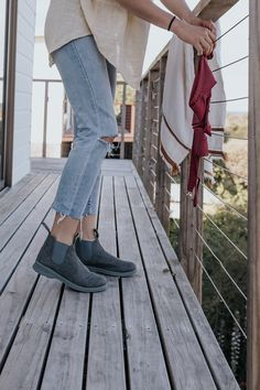 Complete your summer outfits a with a stylish summer shoe from Blundstone. A slate grey canvas upper adds a modern casual look to the 1368 Boot. Designed for maximum comfort, their EVA sole features Featherflex t Summer Shoes, Summer Outfits, Blundstone Boots, Fashion Looks, Casual Looks, Street Style, Style Inspiration, Clothes For Women, Grey Slate