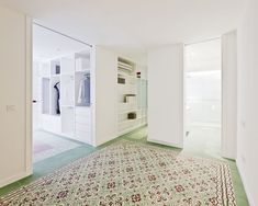 Built by Romero Vallejo Architects in Toledo, Spain with surface Images by Juan Carlos Quindós. Located on the second floor of a block of flats in a residential area of Toledo, the apartment has 6 small rooms comp. Contemporary Architecture, Interior Architecture, Spanish Apartment, Appartement Design, Sweet Home, Santa Teresa, London House, Creative Storage, Storage Ideas