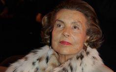 Liliane Bettencourt, pewaris L'Oreal yang juga nanita terkaya di dunia tutup usia hari ini pada usia 94 tahun.  #LilianeBettencourt #Loreal #news