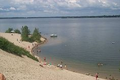 Sandbanks provincial park in Prince Edward County - nice day/weekend trip idea Most Beautiful Beaches, Beautiful Places To Visit, Weekend Trips, Day Trips, Prince Edward County Ontario, Discover Canada, Places To Travel, Travel Destinations, West Lake