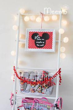Minnie Mouse Birthday Party via Kara's Party Ideas | KarasPartyIdeas.com (19)