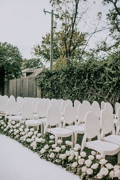 Chic All-White Wedding Ceremony with White Roses photo Teale Photography The Pink Bride All White Wedding, White Wedding Flowers, Floral Wedding, Dream Wedding, White Weddings, Indian Weddings, Boho Wedding, Gothic Wedding, Wedding Shoes