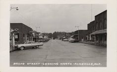 Aliceville, Alabama Broad Street looking north ca. 1950-60 (Alabama Department of Archives and History)