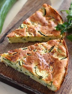 zucchini tart from Romania Zucchini Tart, Zucchini Cheese, Romania Food, Baby Food Recipes, Cooking Recipes, Vegetarian Recipes, Healthy Recipes, Good Food, Yummy Food