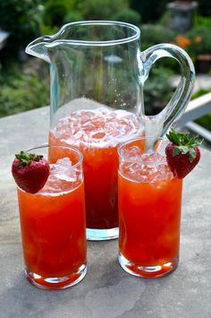 Sweet Southern Strawberry Iced Tea Recipe