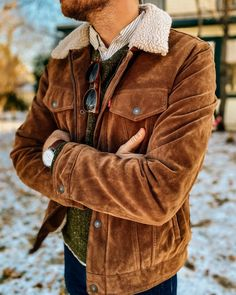 Sherpa Lined Layers - Stay Classic Semi Casual, Big Men Fashion, Sherpa Lined, Suede Jacket, Mens Clothing Styles, Vintage Men, Trendy Outfits, Jeans, Winter Outfits