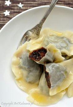 """Pierogi"" stuffed with prune Gourmet Recipes, Appetizer Recipes, Cooking Recipes, Healthy Recipes, Bread Dumplings, Donuts, Pierogi Recipe, Easter Dishes, Exotic Food"