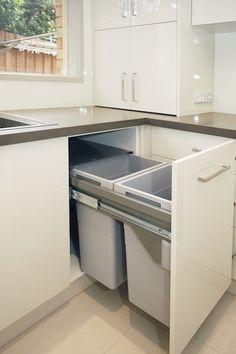 Rochet Kitchens - Kitchens | Kitchen Cabinets | Kitchen Designs | Kitchen Photos | Kitchen Quotes | Berwick | Melbourne | Victoria