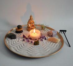 Zen Garden // Meditation Altar // Kuan Yin Goddess Statue // Incense Burner // Buddha Statue // Crystals / Stacking Stones / Airplant / Gold - All For Garden Buddha Meditation, Meditation Corner, Meditation Garden, Meditation Rooms, Deco Zen, Mini Zen Garden, Miniature Zen Garden, Zen Space, Zen Room