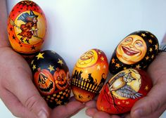 "Light and Shadow studio: "" Under a Halloween Moon"" eggs"