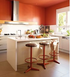 Modern Kitchen Paint Ideas Kitchen Paint Ideas and Modern Kitchen Cabinets Colors Modern Kitchen Paint, White Kitchen Furniture, Paint For Kitchen Walls, Kitchen Paint Colors, Kitchen Decor, Kitchen Cupboard Colours, Kitchen Cabinets, White Cabinets, Yellow Kitchen Designs