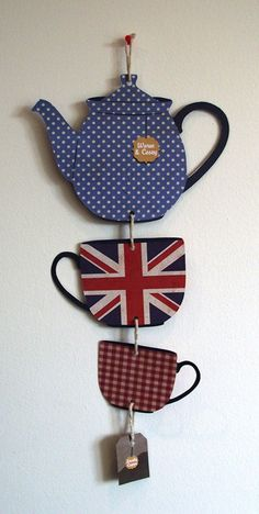 i love this. reminds me of my summer in england and all the times we drank tea and watched friends.