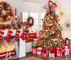 'Tis the season to be jolly and this classic Christmas collection is giving us all the festive feels! Celebrate the most wonderful time of the year with our Very Merry Christmas collection! Rose Gold Christmas Decorations, Christmas Tree Themes, Christmas Tree Decorations, Decorated Christmas Trees, Whimsical Christmas Trees, Christmas Tree With Presents, Christmas Ideas, Classy Christmas, Beautiful Christmas