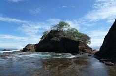 kayak jaco rock beach   - Costa Rica