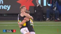 """Jack Riewoldt says he's confident in-form Dustin Martin will sign on again at Richmond  TIGERS star Jack Riewoldt says he's """"confident"""" gun midfielder Dustin Martin will sign on with Richmond.<p>Martin is out of contract at the end of the …  http://www.foxsports.com.au/afl/jack-riewoldt-says-hes-confident-inform-dustin-martin-will-sign-on-again-at-richmond/news-story/f52c6f348c6a8e9872b9ffbfbdf49569"""