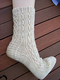 Ravelry: Rosenheim Socks pattern by Monika Eckert (Wollklabauter) Knitted Socks Free Pattern, Mittens Pattern, Knitting Patterns Free, Knitting Socks, Baby Knitting, Knit Socks, Boot Toppers, Stockings Legs, Boot Cuffs
