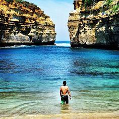 Exploring the #waters of Great Ocean Road in #Victoria #Australia