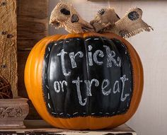 Top 10 Halloween Crafts from Plaid for 2014