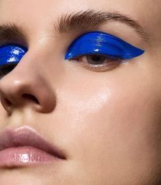 19 Ideas makeup ideas photoshoot blue eyes 19 Ideen Make-up Ideen Fotoshooting blaue Augen Eye Makeup Glitter, Glossy Makeup, Blue Eye Makeup, Glossy Eyes, Liquid Makeup, Makeup Primer, Makeup Trends, Makeup Inspo, Makeup Art