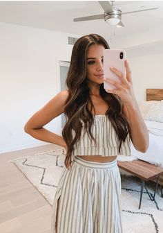 you need faces for your story or roleplaygame? Cruise Outfits, Spring Outfits, Jess Conte Instagram, Outfits For Teens, Trendy Outfits, Jessica Conte, Jess And Gabe, Teen Fashion, Fashion Outfits