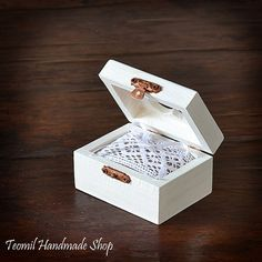 Ring Box, Ring Pillow, Ring Bearer in White Color, Wooden Box, Rustic, Vintage style,