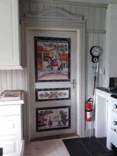 Kitchen interior with traditional Kurbits styled painting. Kitchen interior with traditional Kurbits styled painting. Swedish Kitchen, Swedish Cottage, Swedish Decor, Swedish Style, Swedish House, Swedish Design, Painted Interior Doors, Painted Doors, Painted Furniture