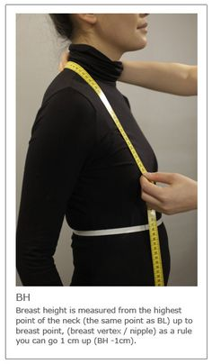 Learn how to take the body measurements to draft basic blocks and make sewing patterns for garments. A complete instruction explained with text and pictures. Taking Measurements, Body Measurements, Pattern Cutting, Pattern Making, Sewing Tutorials, Sewing Patterns, Sewing Tools, Sewing Projects, Fashion Vocabulary