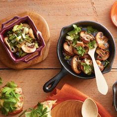 Kastanjechampignons met sjalot-tijmboter Productfoto ID Shot Raclette Fondue, Gourmet Recipes, Vegetarian Recipes, Teppanyaki, Winter Food, Four, Superfood, Bbq, Food And Drink